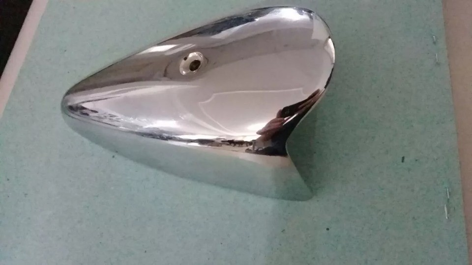 Capa Pisca Vw Fusca 65/70 Cromado Metal - Ótima Qualidade