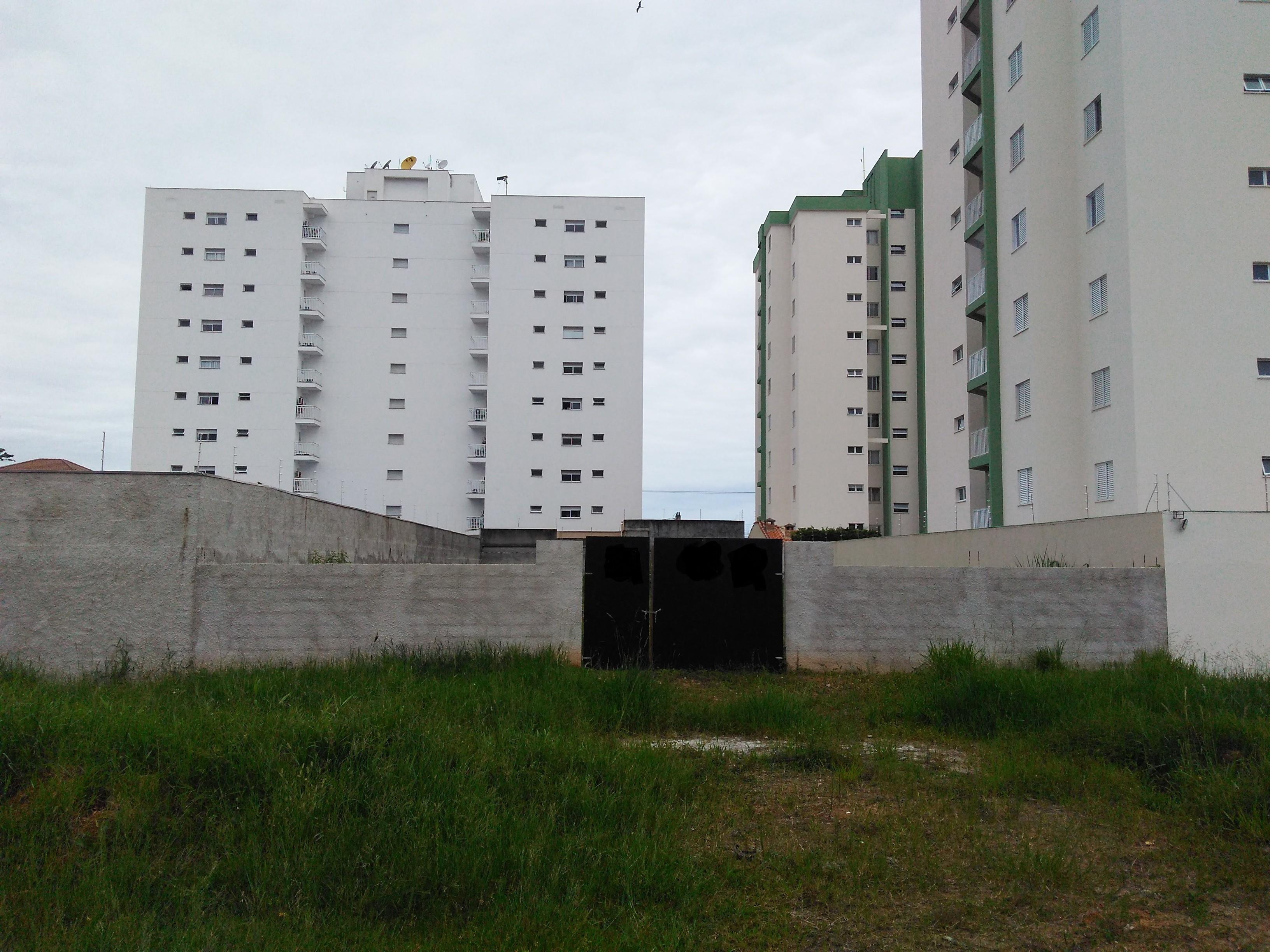 Terreno de 680 m² na Praia de Caraguatatuba