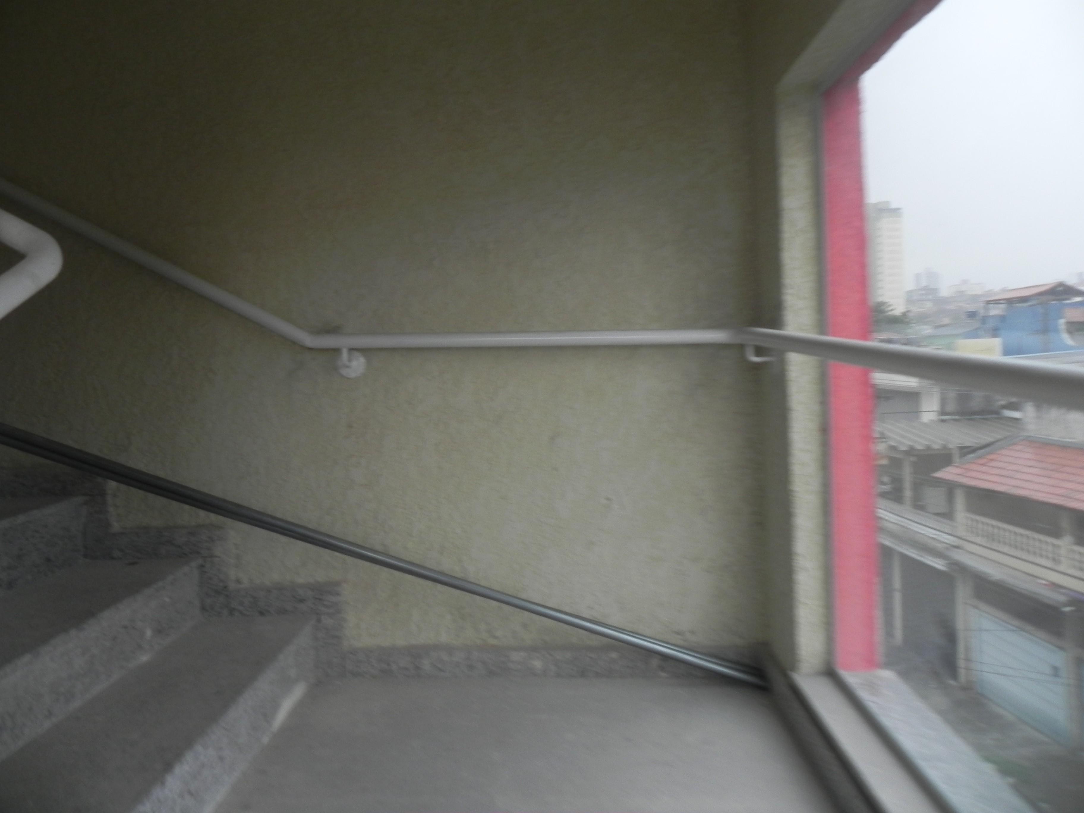 (K.A) Condominio fechado prox a comercios grandes - rox ao metro