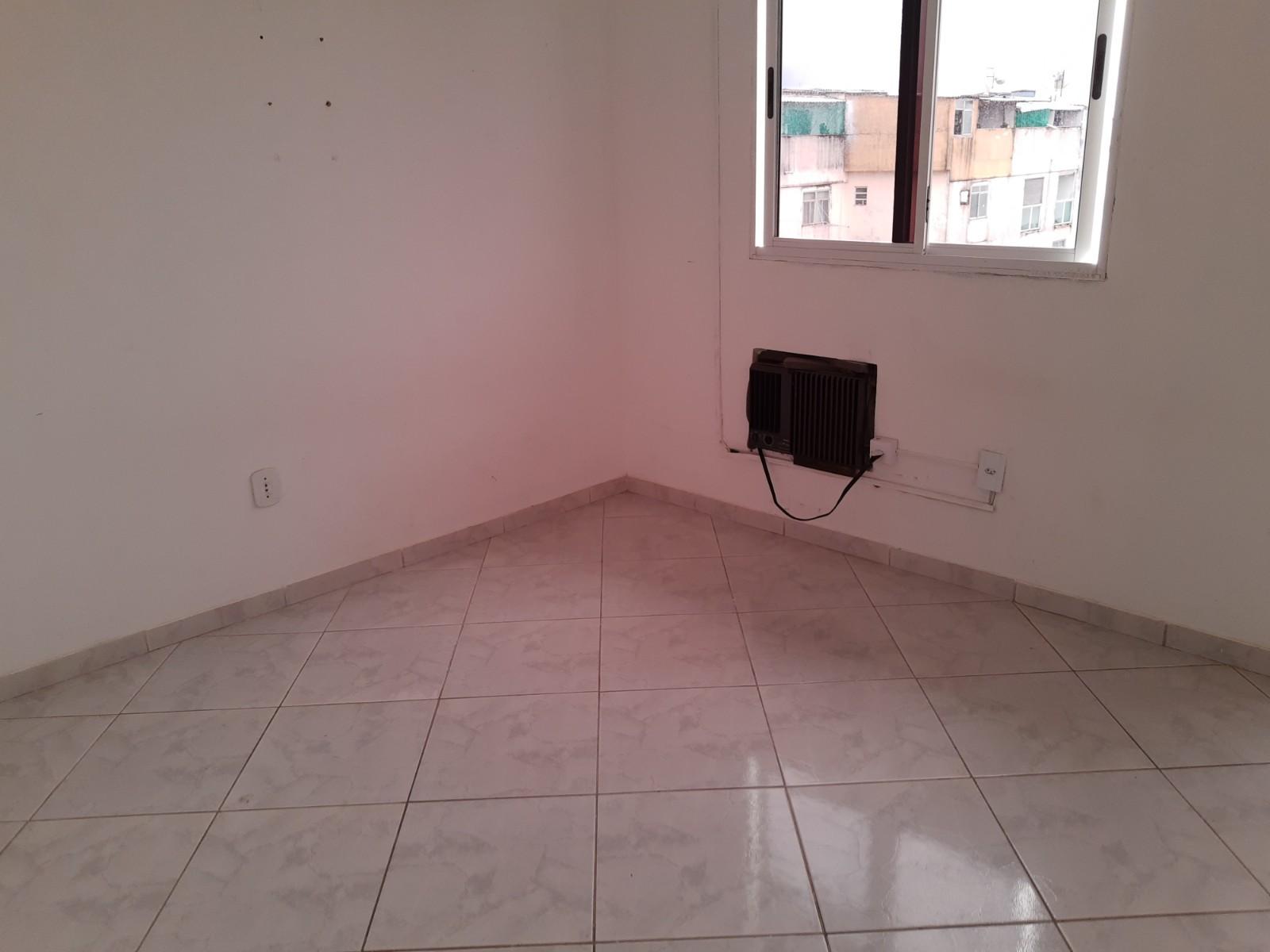 Alugo 1 quarto no Terreirao - Recreio - parcialmente mobiliado  R$ 1.070  - (21) 99716-2274