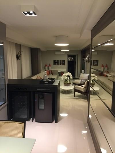 Lindo apartamento mobiliado 3 suítes em Balneário Camboriú-SC