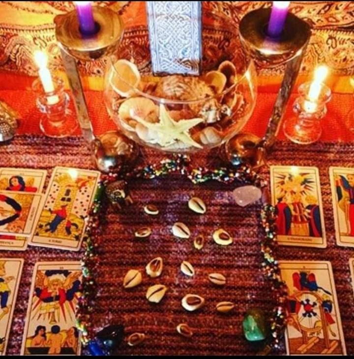 astróloga vidente diana joga se cartas Búzios e tarô traga seu amor de volta em 24h trabalho de amarração 100 reais