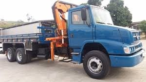 11-4774-8786 Thais - Caminhão Munck Quentinho a toda hora! Locação Itapevi, Barueri, Cotia, Embu Guaçu. Etc.