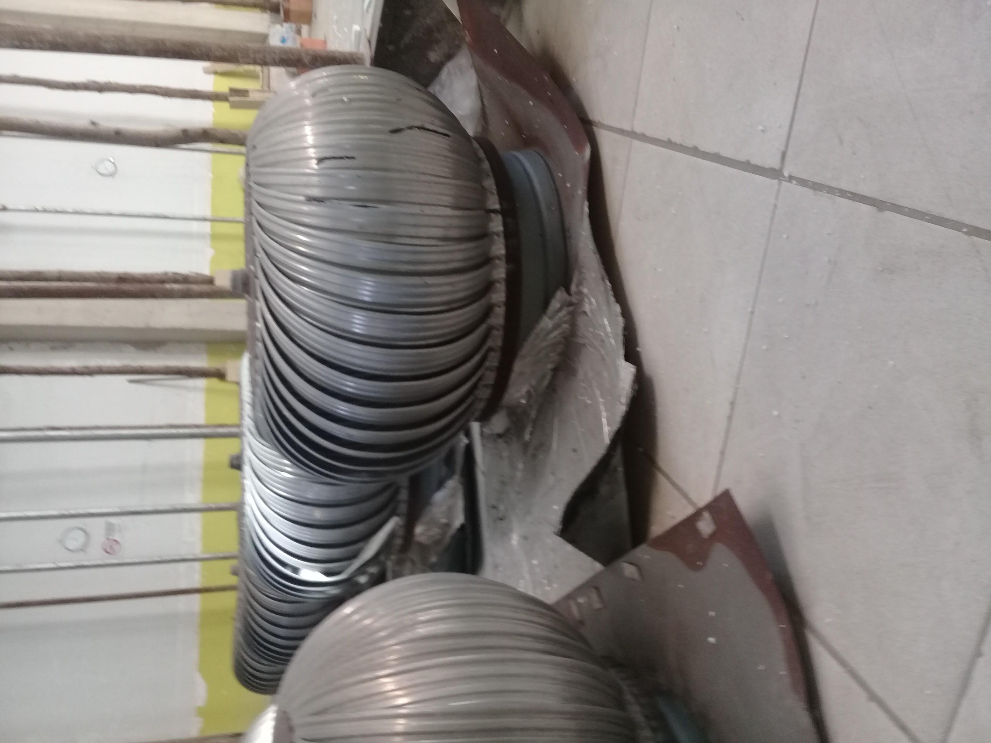 Vendo 8 exaustores eólicos R$ 600 os 8 em perfeito estado 80 ctm m