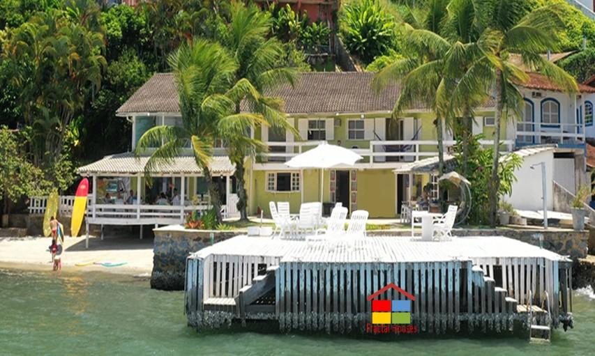 Casa Com Super Visual Sobre O Mar De Angra