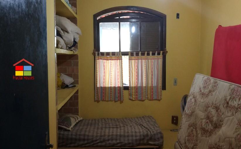 Casa em um ótimo terreno de 660 m² em Garatucaia