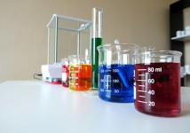 Técnico Quimico assino responsabilidade técnica. Transportes e etc...
