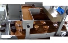 cobrideira e derretedeira de chocolate c esteira