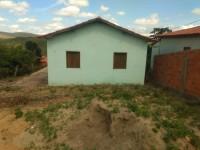 Vende se casa no bairro novo horizonte em Aricanduva mg