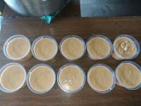 Doce de leite feito no fogão a lenha.