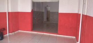 Aluga-se salão comercial